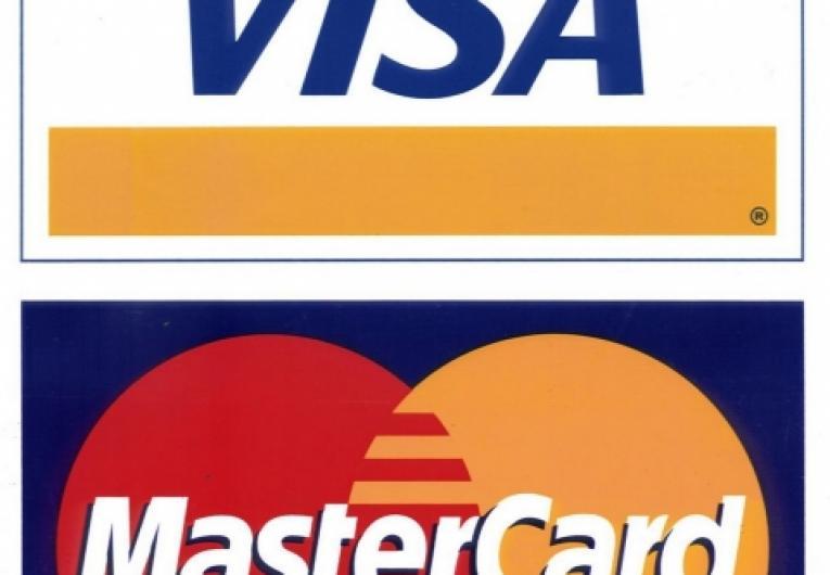 Vai se casar? Pague com cartão de crédito.