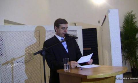Carlos Mello apresenta formaturas